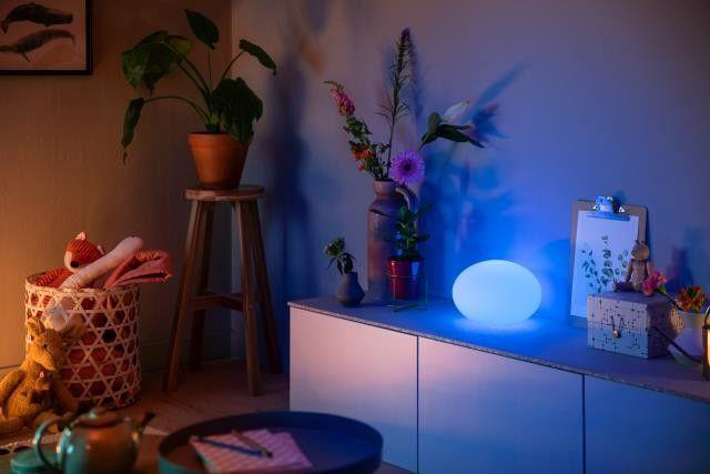 Philips Hue Flourish 40904/31 / P7 LAMPA STOLNÁ LED RGB 9,5W 806 lm 2000-6500K, biela, dizajn