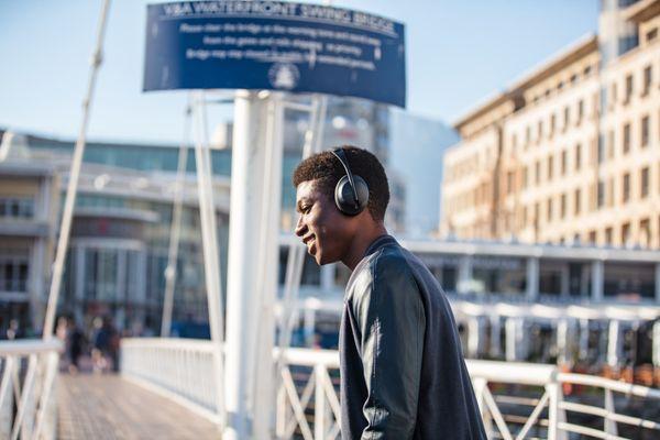 bezdrôtové Bluetooth slúchadlá s anc bosa noise cancelling headphones 700 potlačenie okolitého šumu 11 anc režimov conversation mode