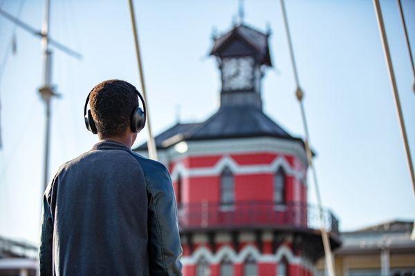 bezdrôtové Bluetooth slúchadlá s anc bosa noise cancelling headphones 700 potlačenie okolitého šumu 11 anc režimov conversation mode rozšírená realita ar bosa