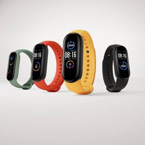 Fitness náramok Xiaomi Mi Band 5, dobrý pomer cena/výkon, farebný AMOLED displej, multisport, ovládanie spúšte fotoaparátu
